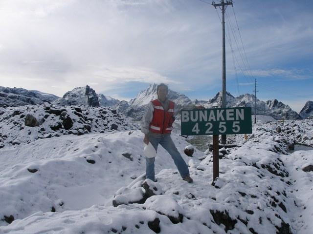 snow fall in indonesia \u2013 Hujan salju turun di indonesia grassberg, freeport mining, jayawijaya